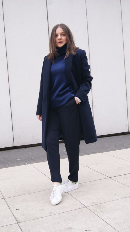 http://mypointmystyle.blogspot.com/2016/02/outfit-all-in-navy.html