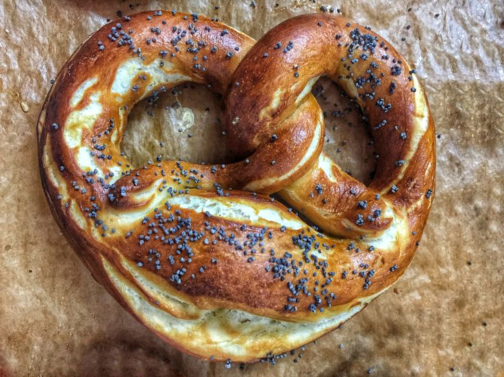 Pretzel with poppyseed