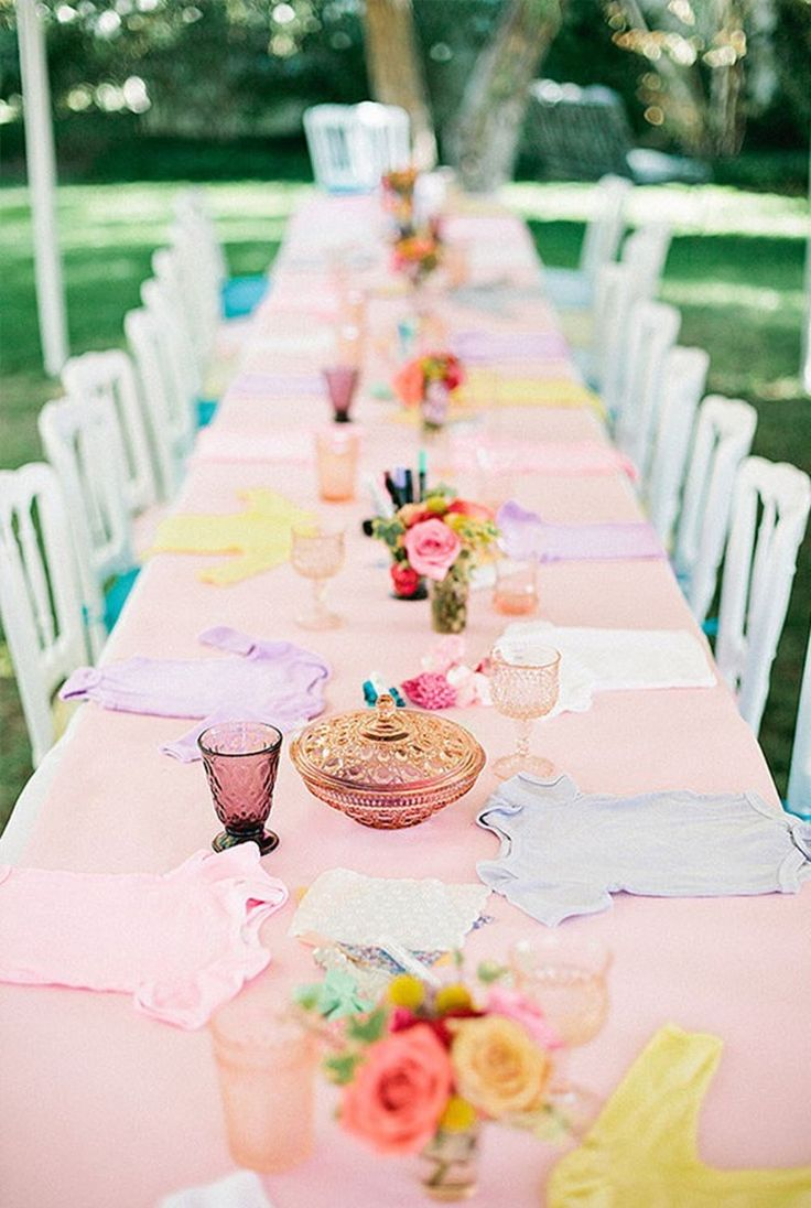 14 Adorable GenderNeutral Baby Shower Themes (With images