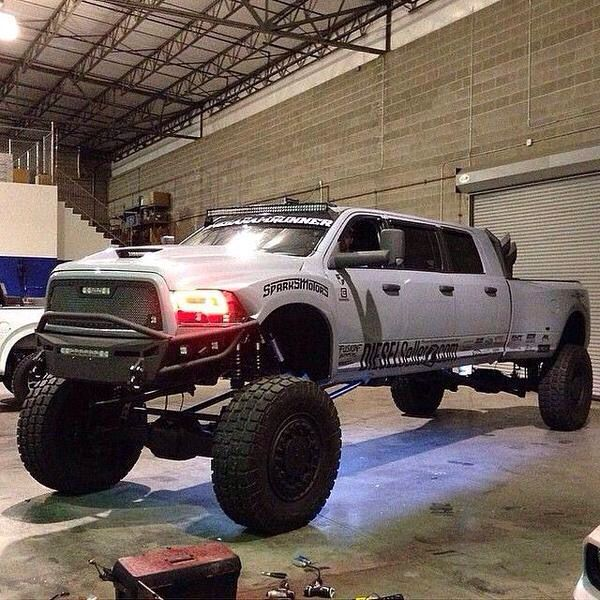 1000+ ideas about Jacked Up Trucks on Pinterest | Chevy ...