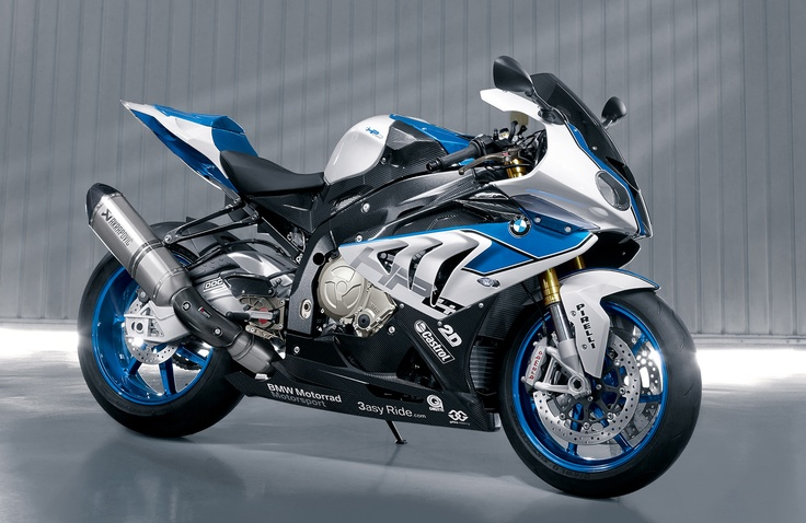 Didn't think I'd find a bike sexier than the 2012 Ducati 848..Well here it is it's the 2013 BMW S1000RR HP4...Sexy~