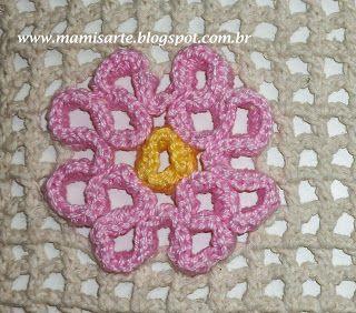 Crochet et Tricot da Mamis: Flor de Maio em Crochet Labirinto