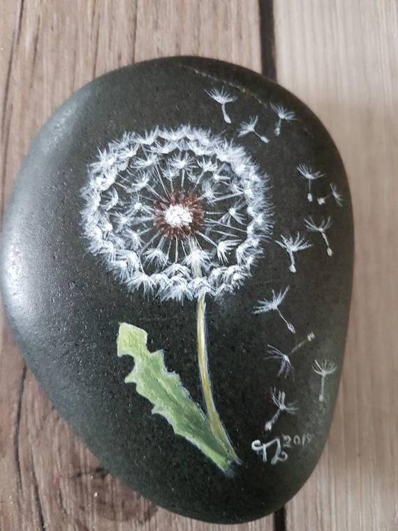 Painted stone flower, painted rocks, pebble art, Stone art, rock, hand-painted pebbles, autumn, winter, painted stones – Materials Painting