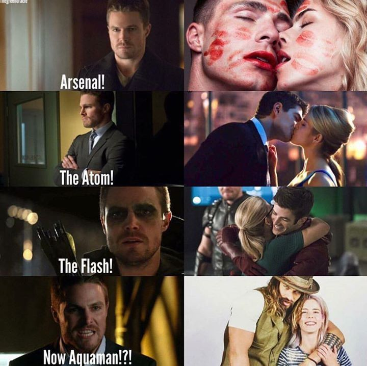 His face in the bottom one is all of us. #Olicity #Arrow