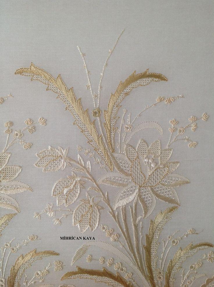Whitework embroidery by Mihrican Kaya (19.yy  desenini ajur ve basit nakış teknikleri ile işledim.)