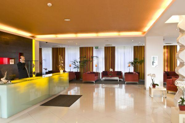 Reception, Mamaison Residence Diana Warsaw
