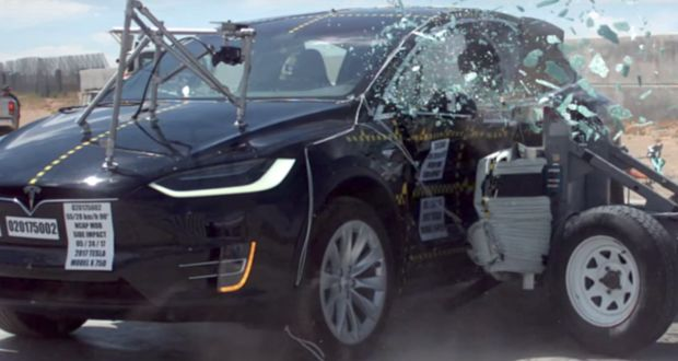 Tesla Model X officially becomes highest safety rated SUV (by significant margin) with 5-star rating in every safety category - Info