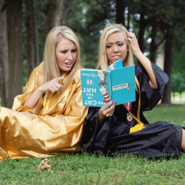 Why did Ashley and I not take a picture like this. @Ashley Gilliam