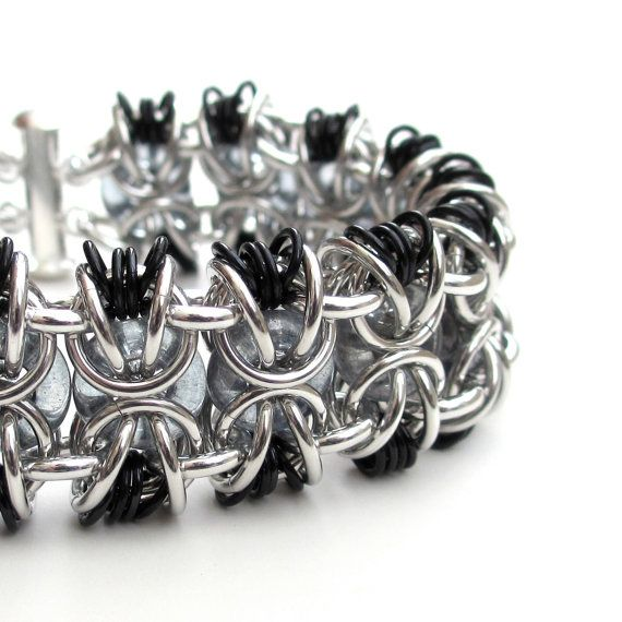 Chainmail bracelet in gray black and silver door TattooedAndChained