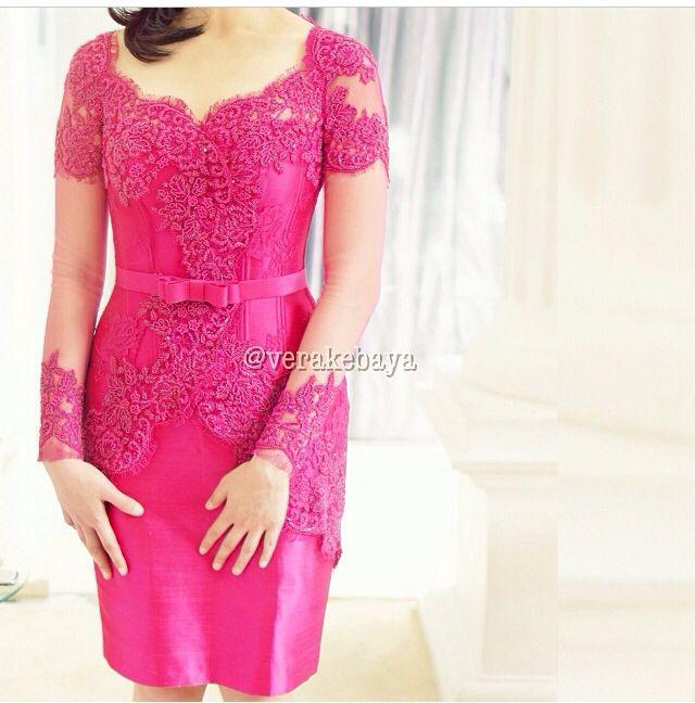 Vera Kebaya (18) - Pink (Tampak Depan)