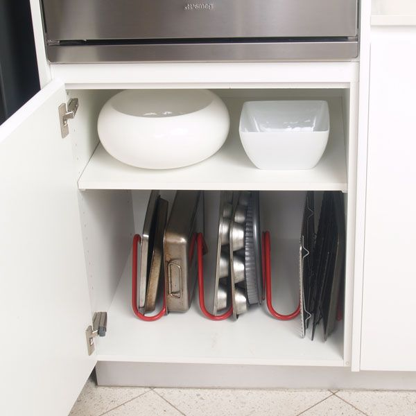 Cakesnake Bakeware and Platter Stand Red | Lifespace Australia