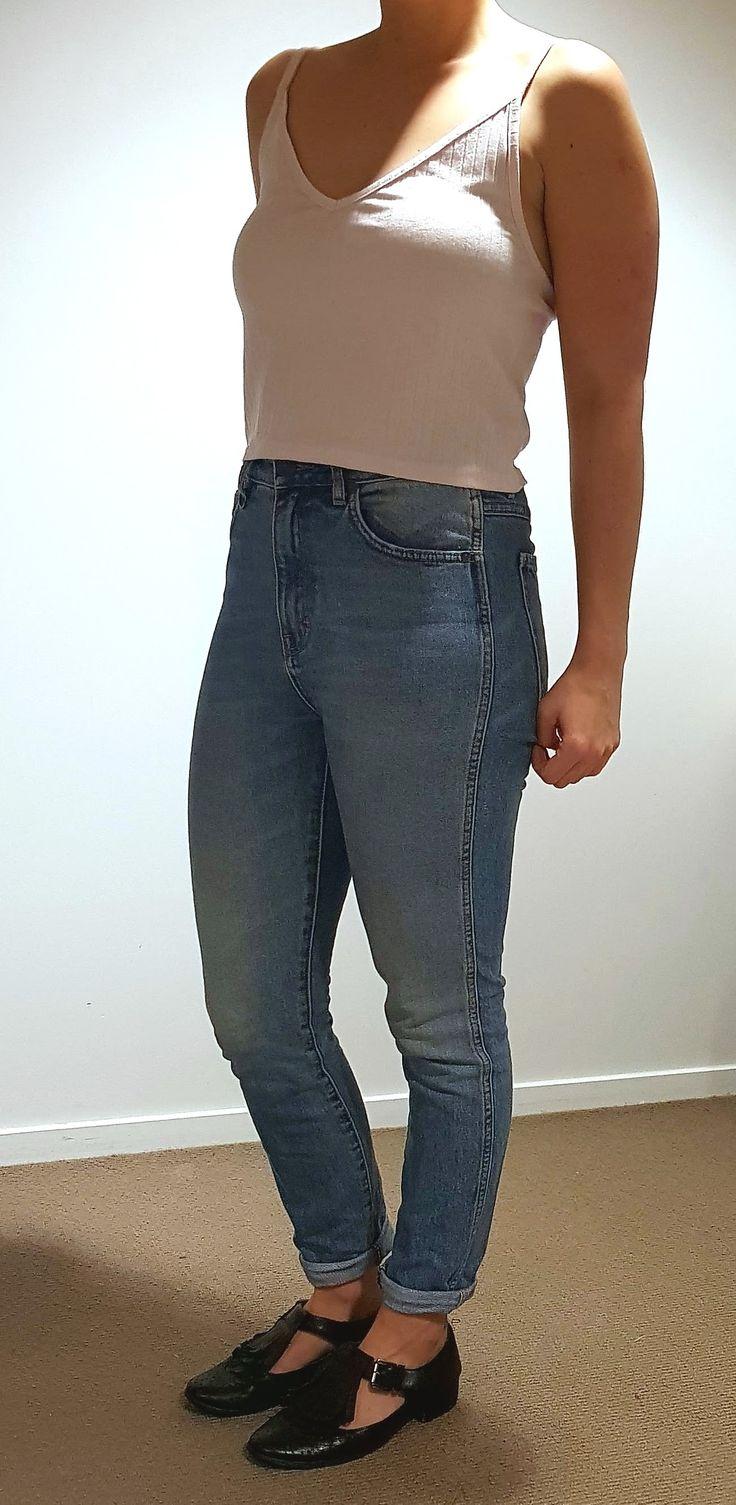 Mom Jeans $150 Size 26 (waist): 32 (length)Brand: Neuw Vintage denim Favourite jeans EVER!!! Pink Topshop Singlet $15Black Leather Shoes $100 (size 6 / 7)