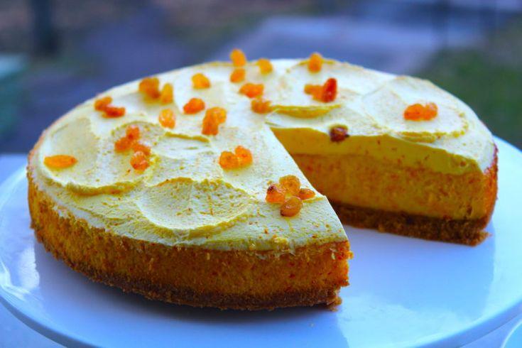 Saffran... Det doftar och smakar ju JUL! Älskar saffran och speciellt i bakverk =) Här har jag bakat en riktigt krämig cheesecake med saffran och toppat den med gula russin! Många gillar inte...