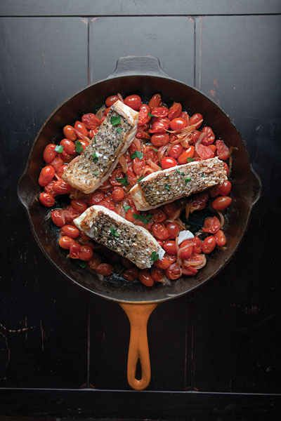 Quick Fish Filets in Tomato Sauce | 23 Delicious Fish Recipes For Busy Weeknights
