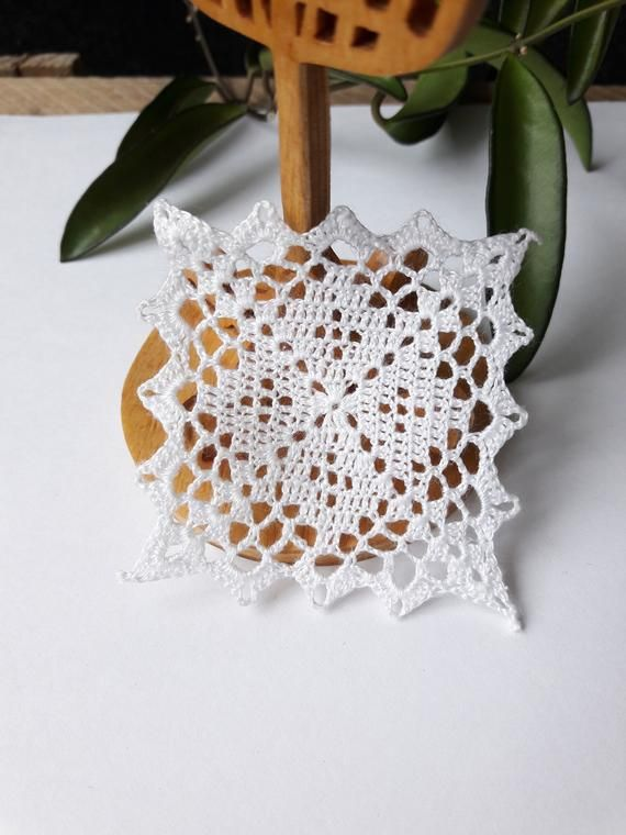 Miniature Crochet Square Doily 2 Inches 1 12 Dollhouse Miniature