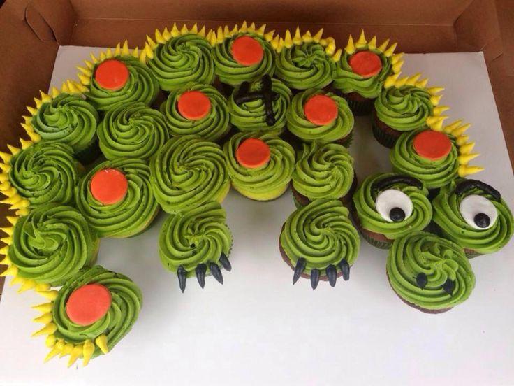 Dragon Pull-Apart CupCake Cake