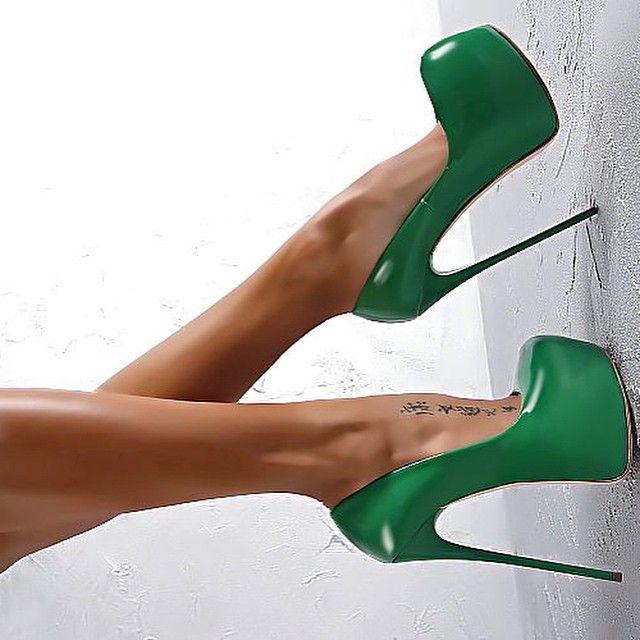 1000  ideas about Green High Heels on Pinterest | Badass women ...