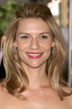 How To: Claire Danes's Polished Pulled-Back 'Do http://www.bellasugar.com/How-Claire-Daness-Polished-Pulled-Back-Do-312694#