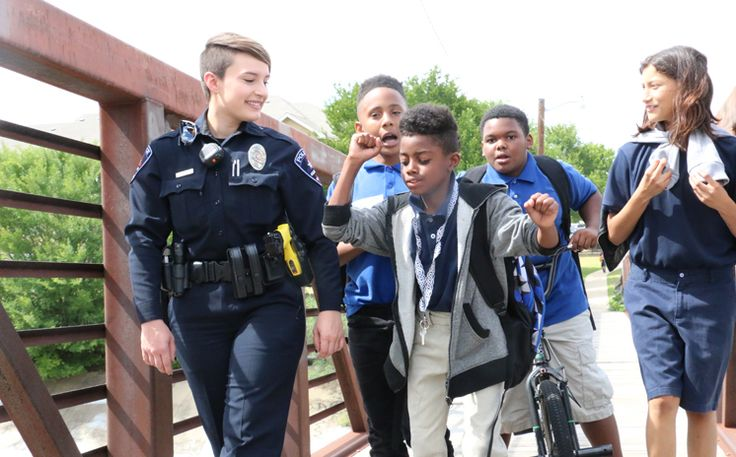 Crossing the Bridge: Arlington Police Officers Build Trust and Partnerships Read more: http://www.arlington-tx.gov/news/2017/06/20/crossing-bridge-arlington-police-officers-build-trust-and-partnerships/