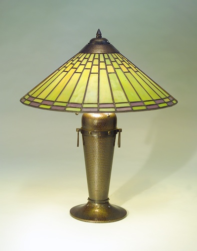 Roycroft copper lamp ca saw this lamp in an antique mall in pennsylvania several years ago it had some minor damage but was a beautiful example of the