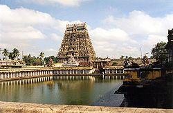 Dinastía Chola - Templo de Nataraja en Chidambaram.                                                                                                                                                                                 Más