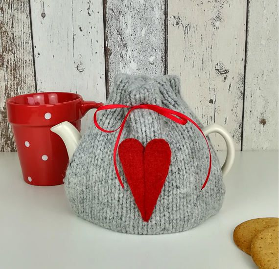 Check out this item in my Etsy shop https://www.etsy.com/uk/listing/537184192/2-cup-tea-cosy-small-tea-cozy-love-heart
