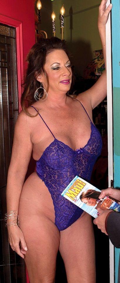 Margo Sullivan  02 Sexy Mature Women  Femme Et Mres-6529