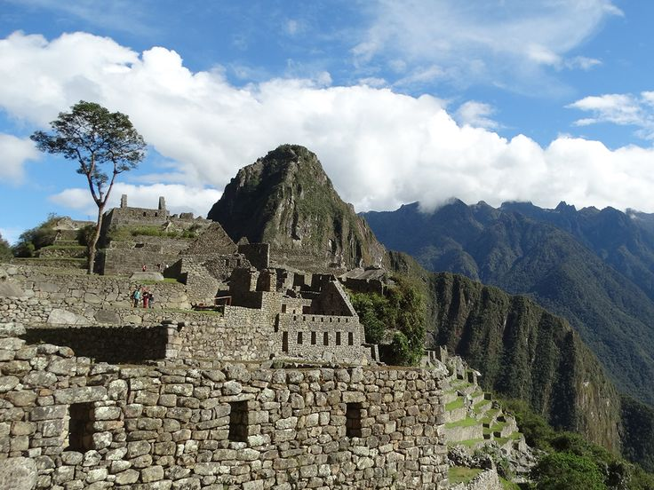 Do you want to hike the Inca Trail or visit Machu Picchu? below you can find the new price 2017 for the Machu Picchu, Huayna Picchu and Inca Trail  tickets. This price 2017 was publish of the Ministerio Desantralizada Cusco - Ministerio de Cultura on December 01st 2016.  TierrasVivasTravel #MachuPicchu #IncaTrail #hiking #Cusco #IncaTrailhikingtours #tours #sightseeing #holidays #HuaynaPicchu #MachuPicchumountain #Llactapata
