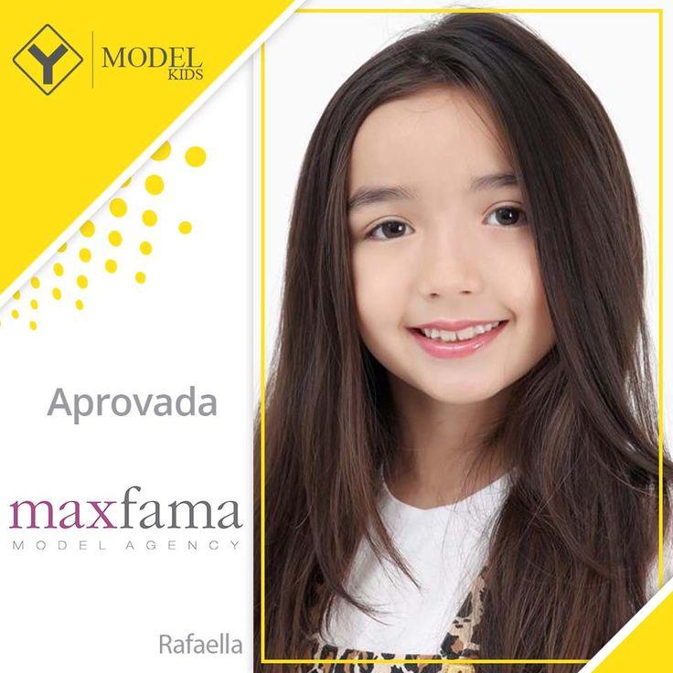 """https://flic.kr/p/21SRa57   Rafaella - Max Fama - Y Model Kids   Em parceria com Max Fama, nós realizamos uma sessão de fotos com o tema """"Circo""""! Nossos mini modelos mega fofos arrasaram, trazendo toda a magia do tema para dentro do nosso estúdio <3  #AgenciaYModelKids #YModel #fashion #estudio #baby #campanha #magazine #modainfantil #infantil #catalogo #editorial #agenciademodelo #melhorcasting #melhoragencia #casting #moda #publicidade #kids #myagency #ybrasil #tbt #sp #makingoff"""
