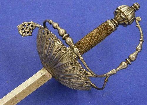 English Rapier, c. 1640. Overall length 126cm. Tumblr