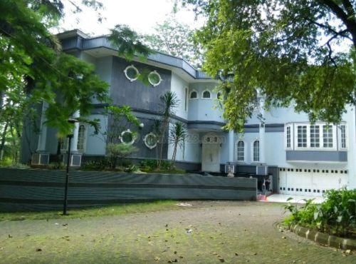 rumah+mewah+ada+kolam+renang+BSD+Golf+BSD+Golf,+BSD+City,+BSD+City+Serpong+»+Tangerang+Selatan+»+Banten