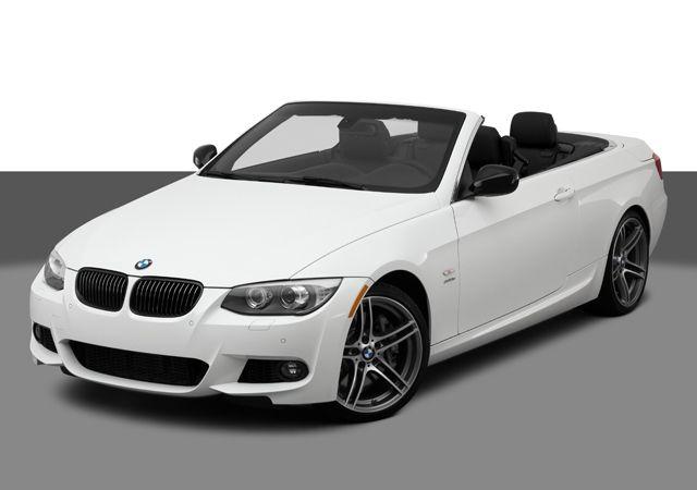 Para México el BMW Serie 3 Convertible tiene estos precios y versiones: 25iA Automatico: $741.600 MXN. 335iA M Sport Automatico: $772.800 MXN. Automatico $876.600 MXN. M Sport Automatico: $880.800 MXN