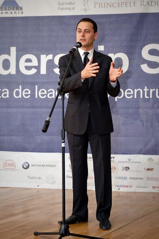 Marius Ghenea la Evenimentul de lansare LEADERS School editia a 5-a. 17 martie 2010, MNAC. #leadersschool