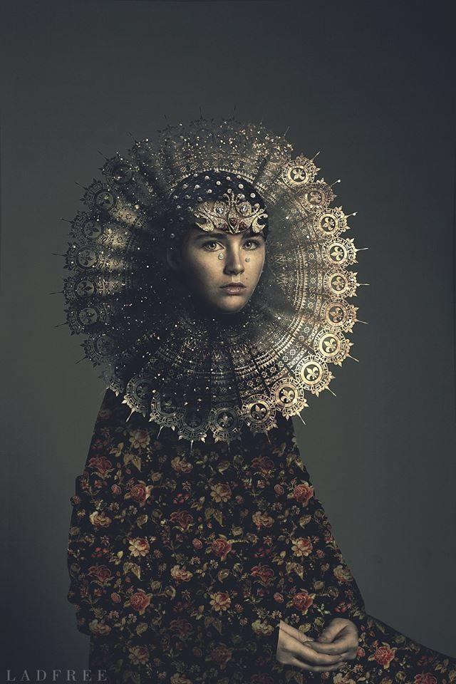 Beautiful pattern work http://creattica.com/photoshop/renaissance-dandelion/102157