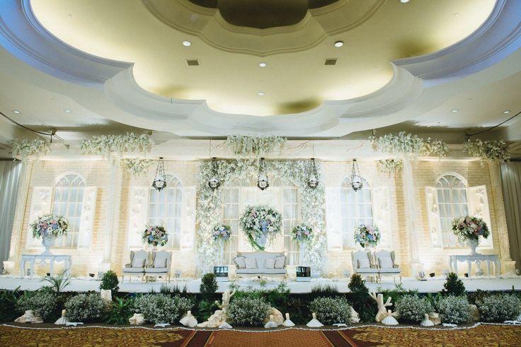 Pernikahan Adat Jawa dengan Tema Pedesaan - image (12)