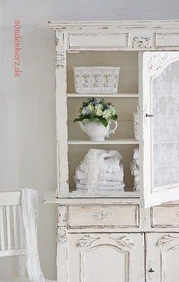 Schrank LuLu - #sündenherz,Shabby Chic Kitchen Dresser Painted in white #KitchenDresser, #cupboard, http://www.suendenherz.de/