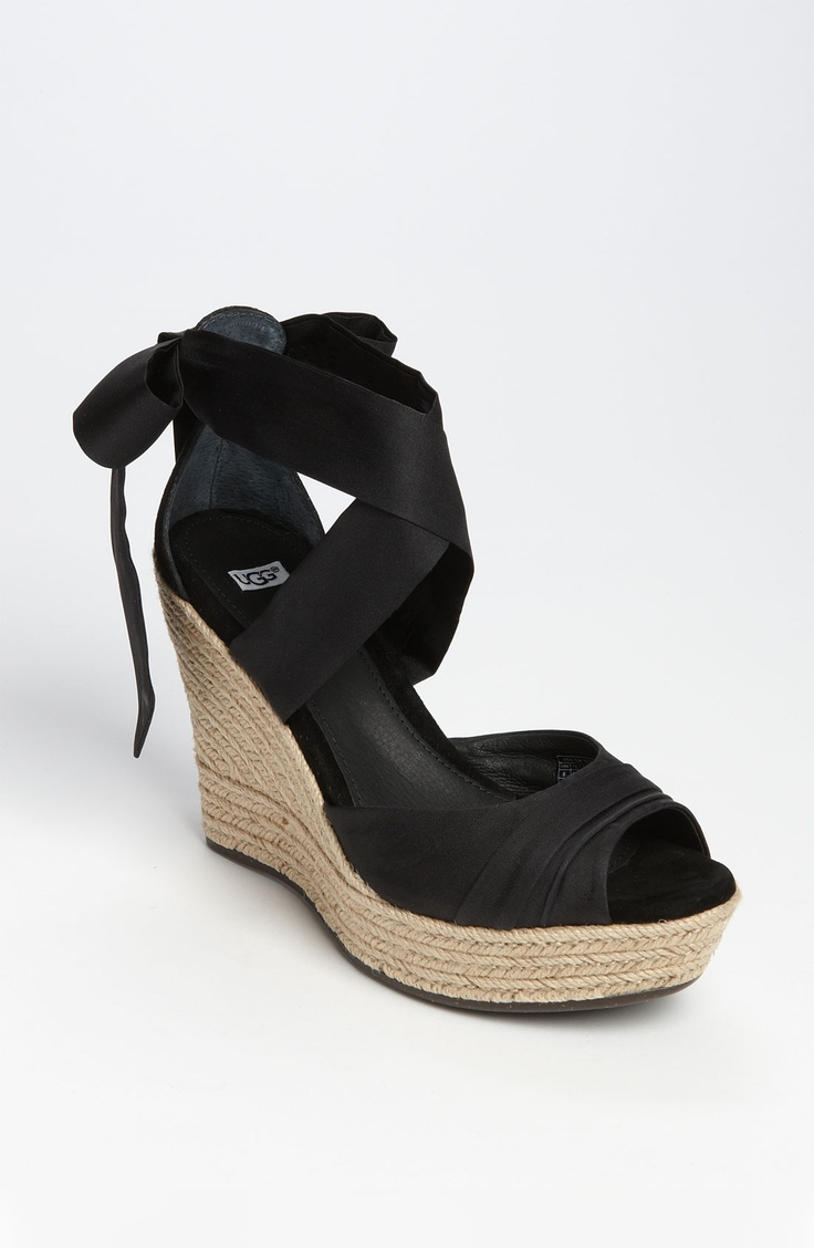 Black ribbon sandals - These Are Seriously Ugg Sandals I Think I M In Love
