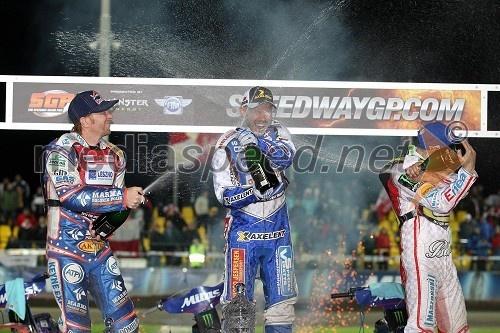 Jason Crump (Velika Britanija), 2. mesto, Nicki Pedersen (Danska), zmagovalec VN Češke in Tomasz Gollob (Poljska), 3. mesto