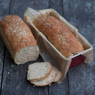saftigt & nyttigt bröd med råggröt och linfrö