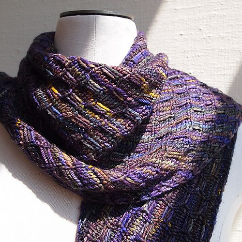 166 Best Images About Patterns For Variegated Yarns On Pinterest Free Pattern Chevron Scarves