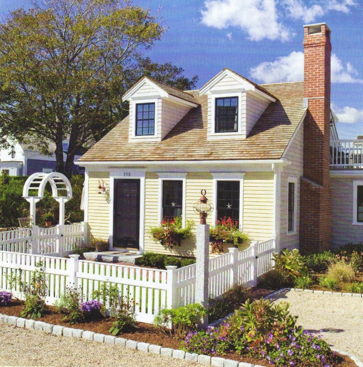 small home curb appeal | recently came across some homes ...