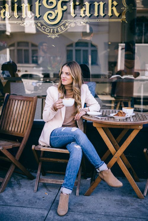 Julia Engel - Pink Blazer, camel turtleneck, boots - coffee date outfit - business casual outfit