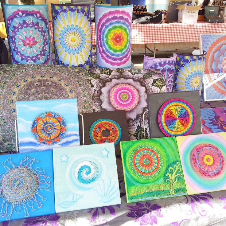 Presenting my mandalas on the art fair in Rotterdam ♥ #mandala #mandalas #mandalawork #artfair #art #artsy #artoftheday #droomcreaties #kunstmarkt #rotterdam