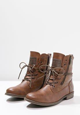 1000 id es sur le th me bottines lacets sur pinterest chausson talons et chaussures femme. Black Bedroom Furniture Sets. Home Design Ideas