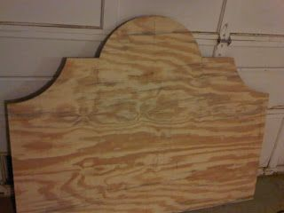 DIY Upholstered Headboard - Part 1  --- this is the shape Im thinking for my little girls headboard. The cool thing about this project is you can pick your own fabric/pattern.