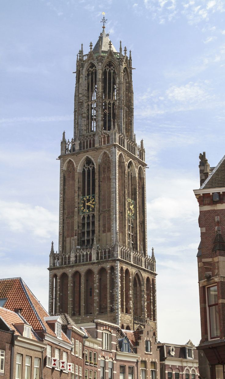 Utrecht boasts beautiful canals with extraordinary wharf cellars housing cafs and terraces by the water, as well as the Dom tower. Spend the night in a B&B and enjoy a unique experience in one of the best locations in Holland. #Utrecht #Holland #travel #