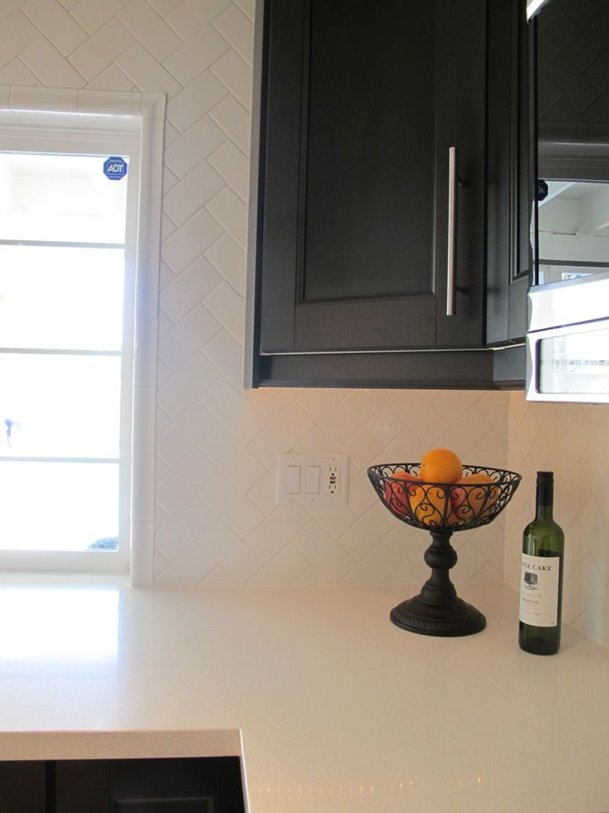 Whatu0027s Prettier Than A Kitchen Renovation With White Subway Tile? A Wall  Full Of White