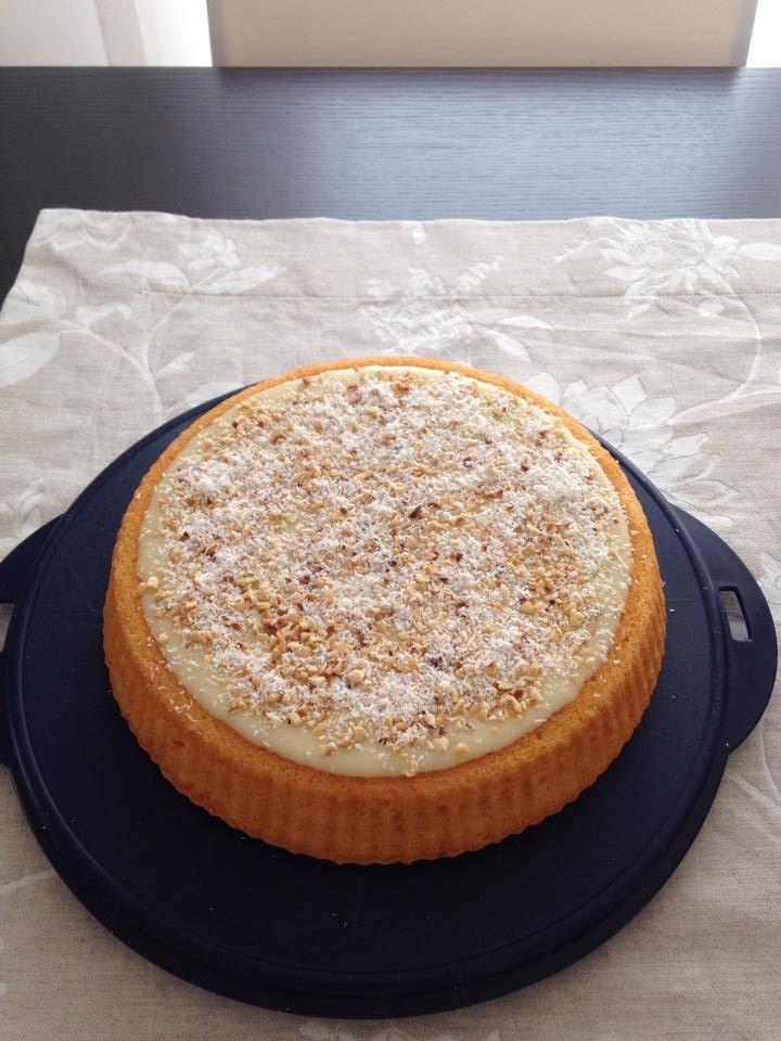Crostata morbida Bimby, una base soffice ideale per sostituire la pasta frolla che si prepara in un minuto. Ingredienti: 180 gr di farina, 130 gr di ...