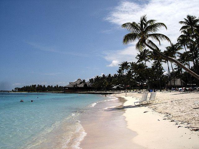 Temporada baja? MEJOR! http://blog.viajobien.com/seis-destinos-de-playa-para-viajar-en-baja-temporada-y-disfrutar-del-buen-clima/
