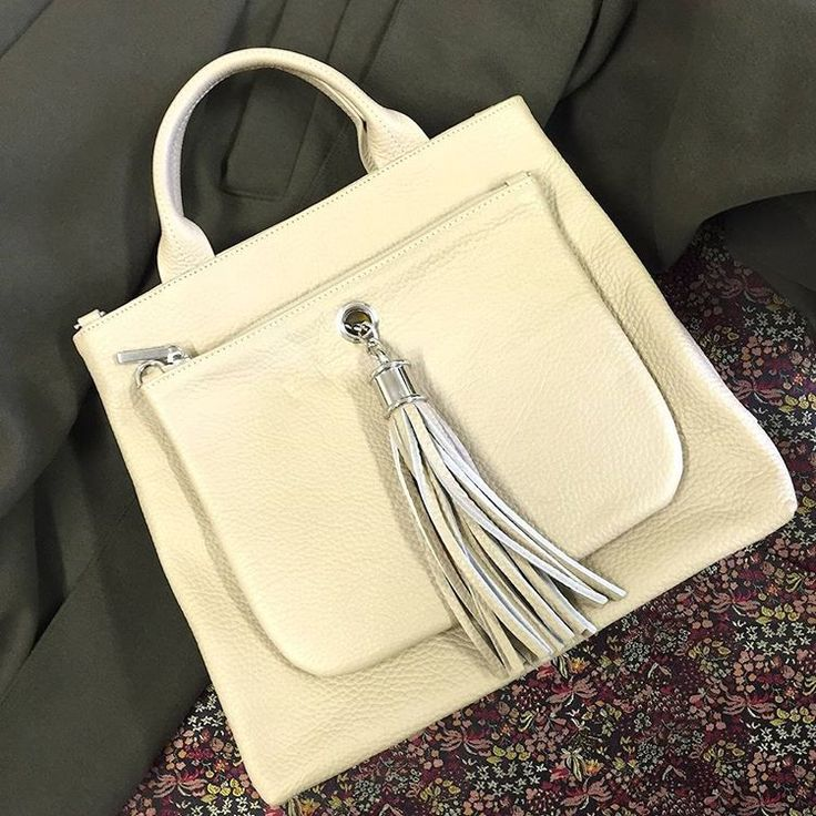 Creamy soft leather with silver nickel detailing, the Dahlia tote is on our Christmas lists. #sand #leather #tote #handbag #accessories #purse #outfit #ootd #autumnstyle